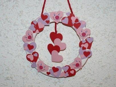 Couronne de la saint valentin centerblog - Pinterest st valentin bricolage ...