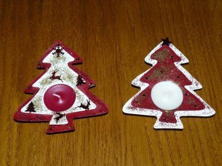 ... déco de la table de Noël, Lou a ensuite réalisé des bougies sapin